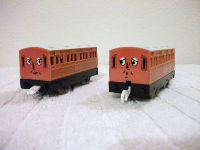 Annie and Clarabel coaches tomy