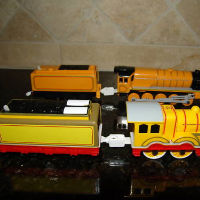 Molly and Murdoch Trackmaster Engines with thicker couplings